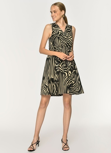 Loves You Krinkıl V Yaka Zebra Desen Elbise Siyah